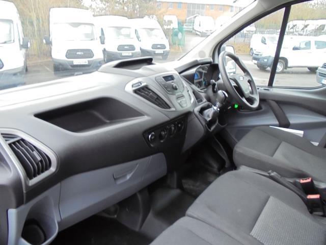 2016 Ford Transit Custom 2.2 Tdci 100Ps Low Roof Van (FE66DLX) Image 18