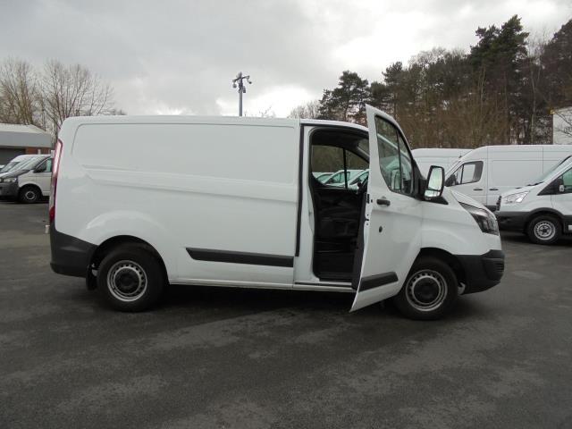 2016 Ford Transit Custom 2.2 Tdci 100Ps Low Roof Van (FE66DLX) Image 5