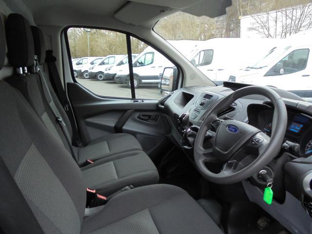 2016 Ford Transit Custom 2.2 Tdci 100Ps Low Roof Van (FE66DLX) Image 6