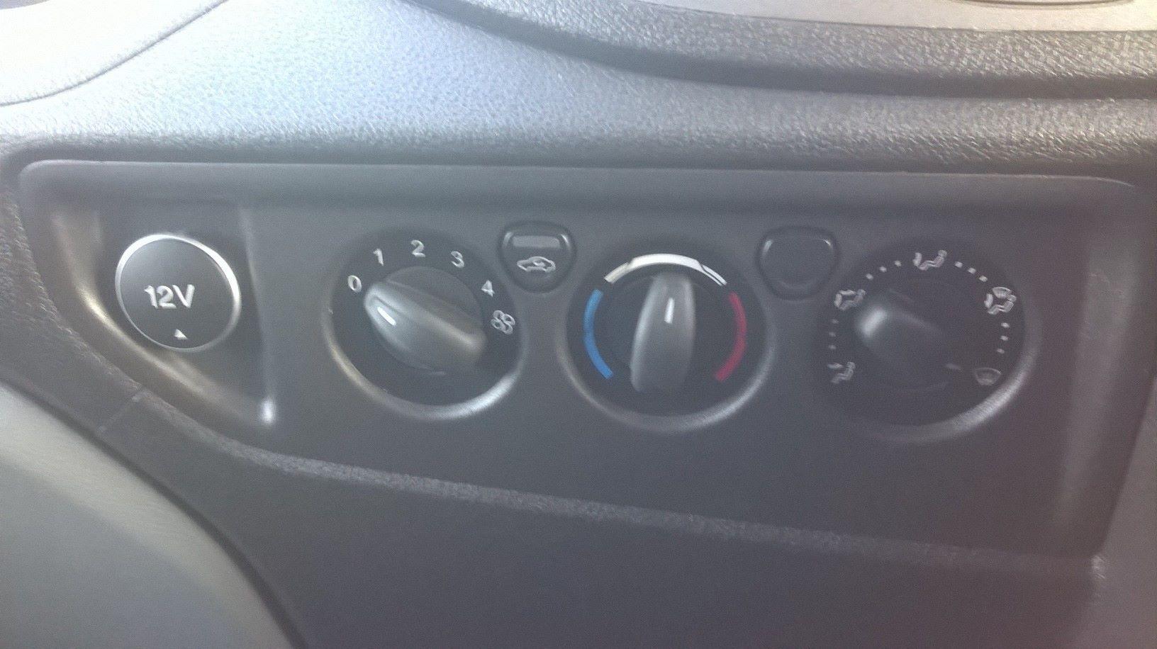 2017 Ford Transit L3 H3 VAN 130PS EURO 6 (FG67FOU) Image 15