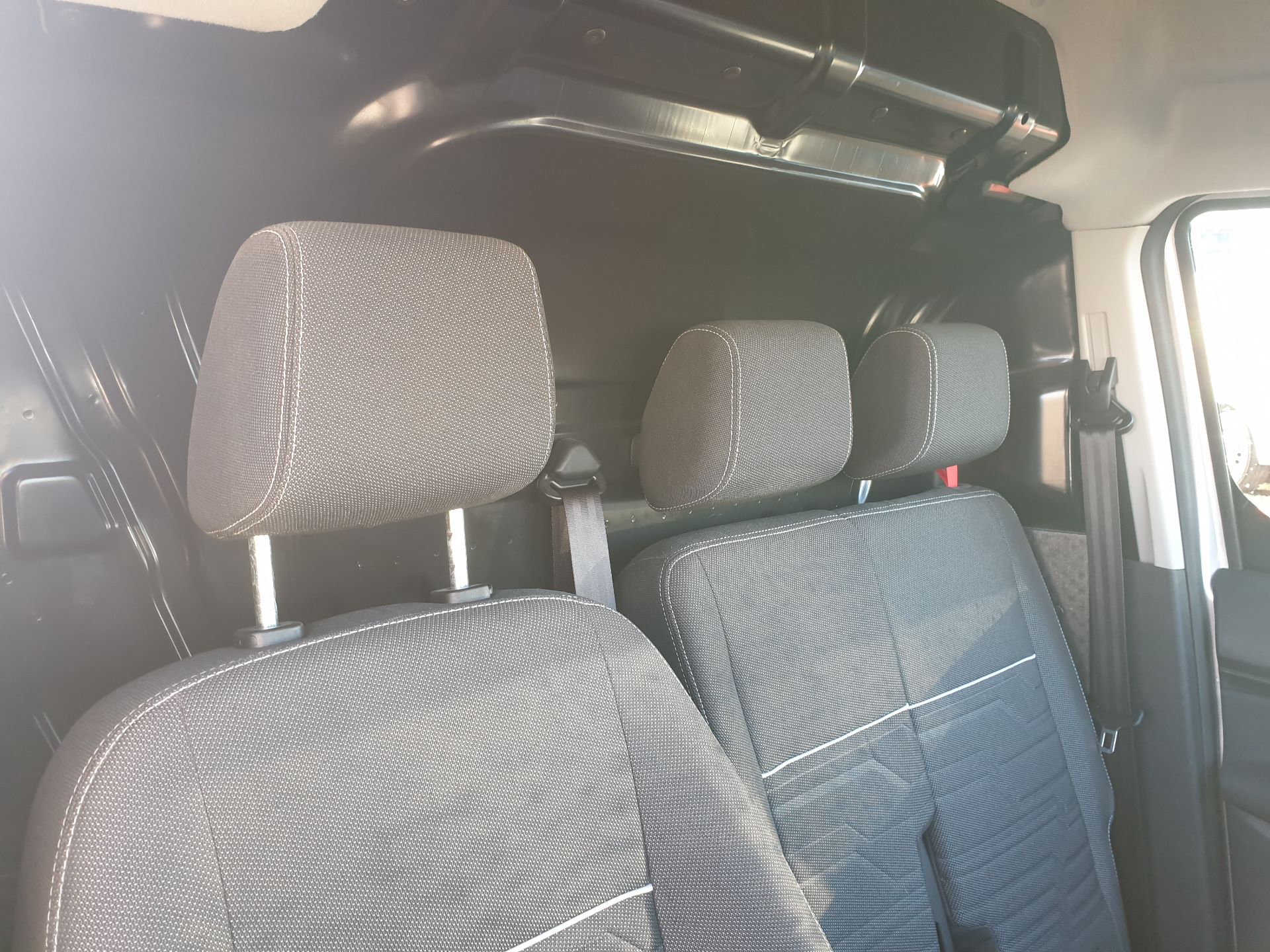 2017 Ford Transit Connect 1.5 Tdci 120Ps Limited Van (FH67OKZ) Image 10