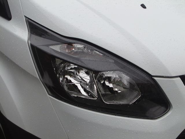 2017 Ford Transit Custom  290 L1 DIESEL FWD 2.0 TDCI 105PS LOW ROOF VAN EURO 6 (FL17VRP) Image 12