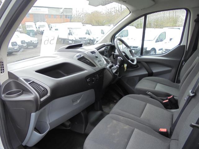 2015 Ford Transit Custom 2.2 Tdci 100Ps Low Roof Van (FL65PZE) Image 21