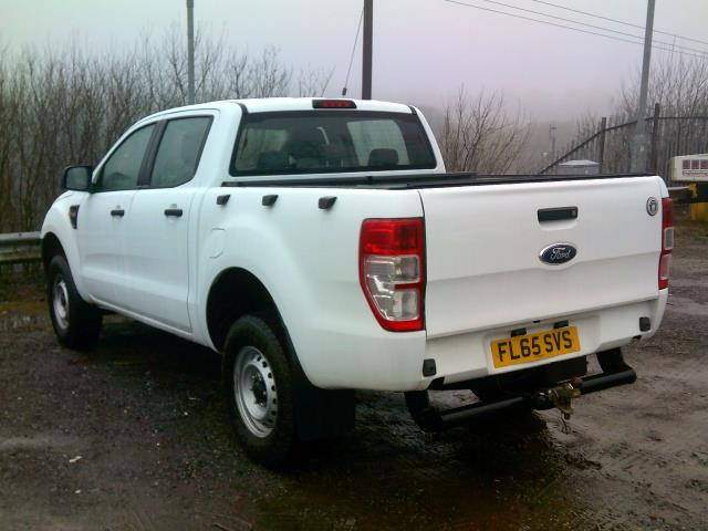 2015 Ford Ranger Pick Up Double Cab Xl 2.2 Tdci 150 4Wd Euro 5 (FL65SVS) Image 16