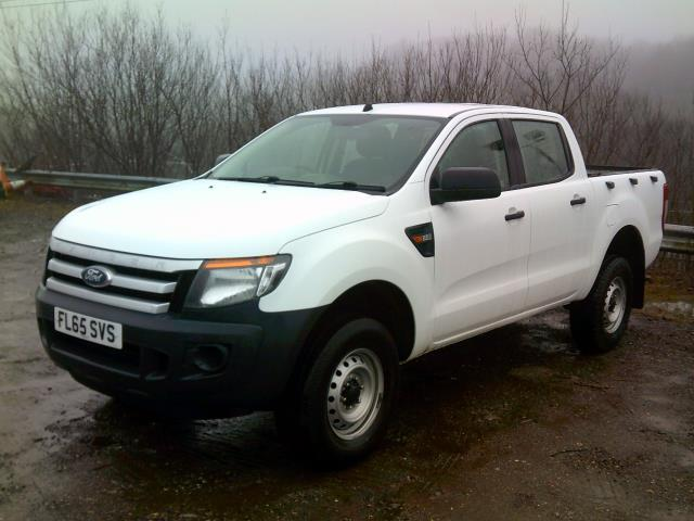 2015 Ford Ranger Pick Up Double Cab Xl 2.2 Tdci 150 4Wd Euro 5 (FL65SVS) Image 12