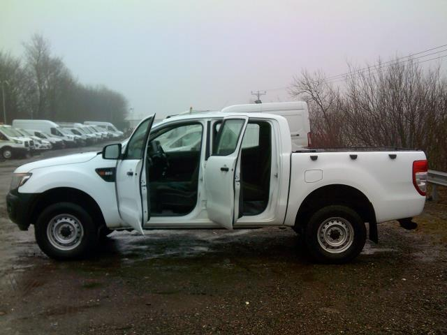 2015 Ford Ranger Pick Up Double Cab Xl 2.2 Tdci 150 4Wd Euro 5 (FL65SVS) Image 14