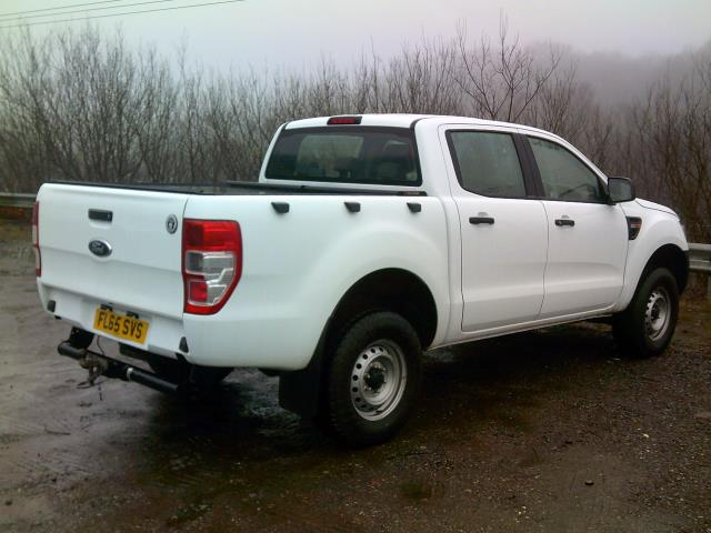 2015 Ford Ranger Pick Up Double Cab Xl 2.2 Tdci 150 4Wd Euro 5 (FL65SVS) Image 10