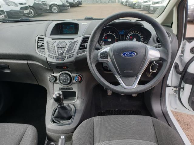 2015 Ford Fiesta DIESEL 1.5 TDCI VAN EURO 6 (FL65SYT) Image 14