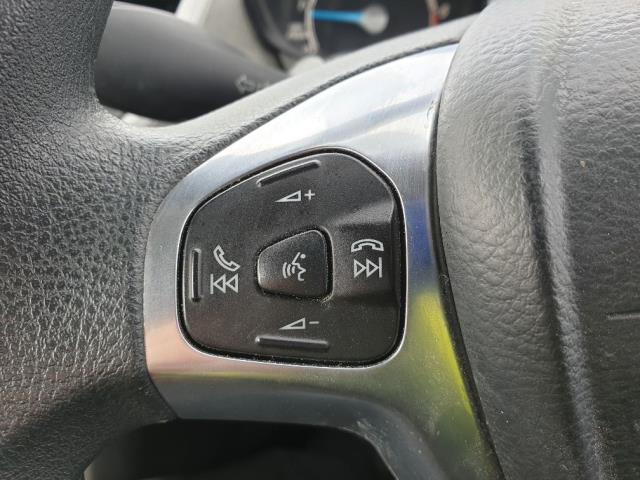 2015 Ford Fiesta DIESEL 1.5 TDCI VAN EURO 6 (FL65SYT) Image 18