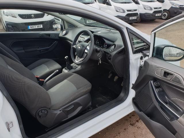 2015 Ford Fiesta DIESEL 1.5 TDCI VAN EURO 6 (FL65SYT) Image 12