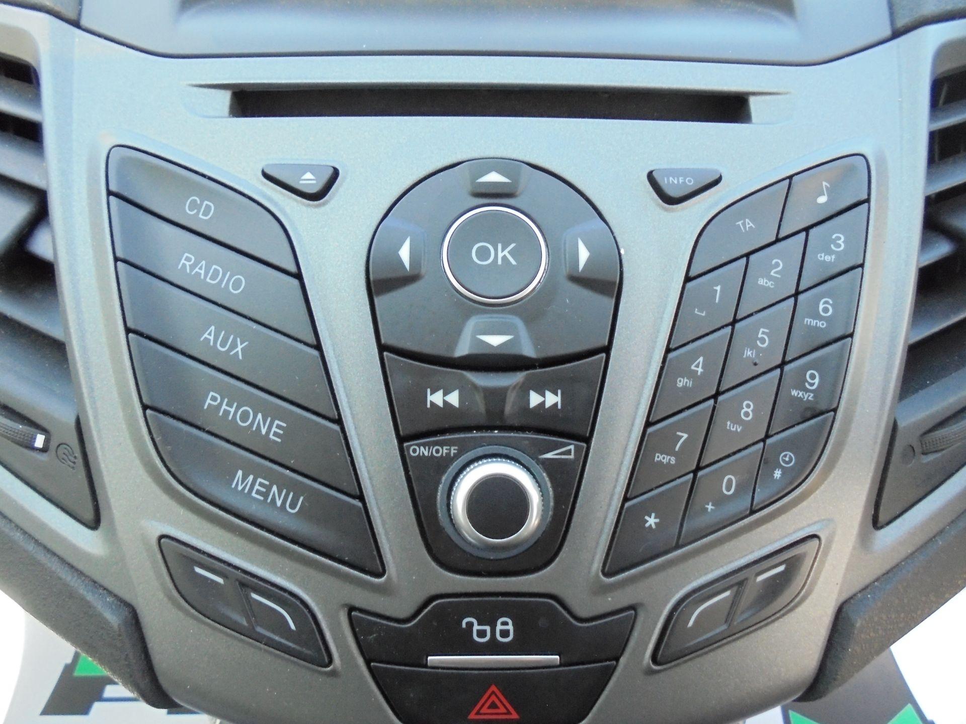 2016 Ford Fiesta 1.5 Tdci Van (FN16USU) Image 23