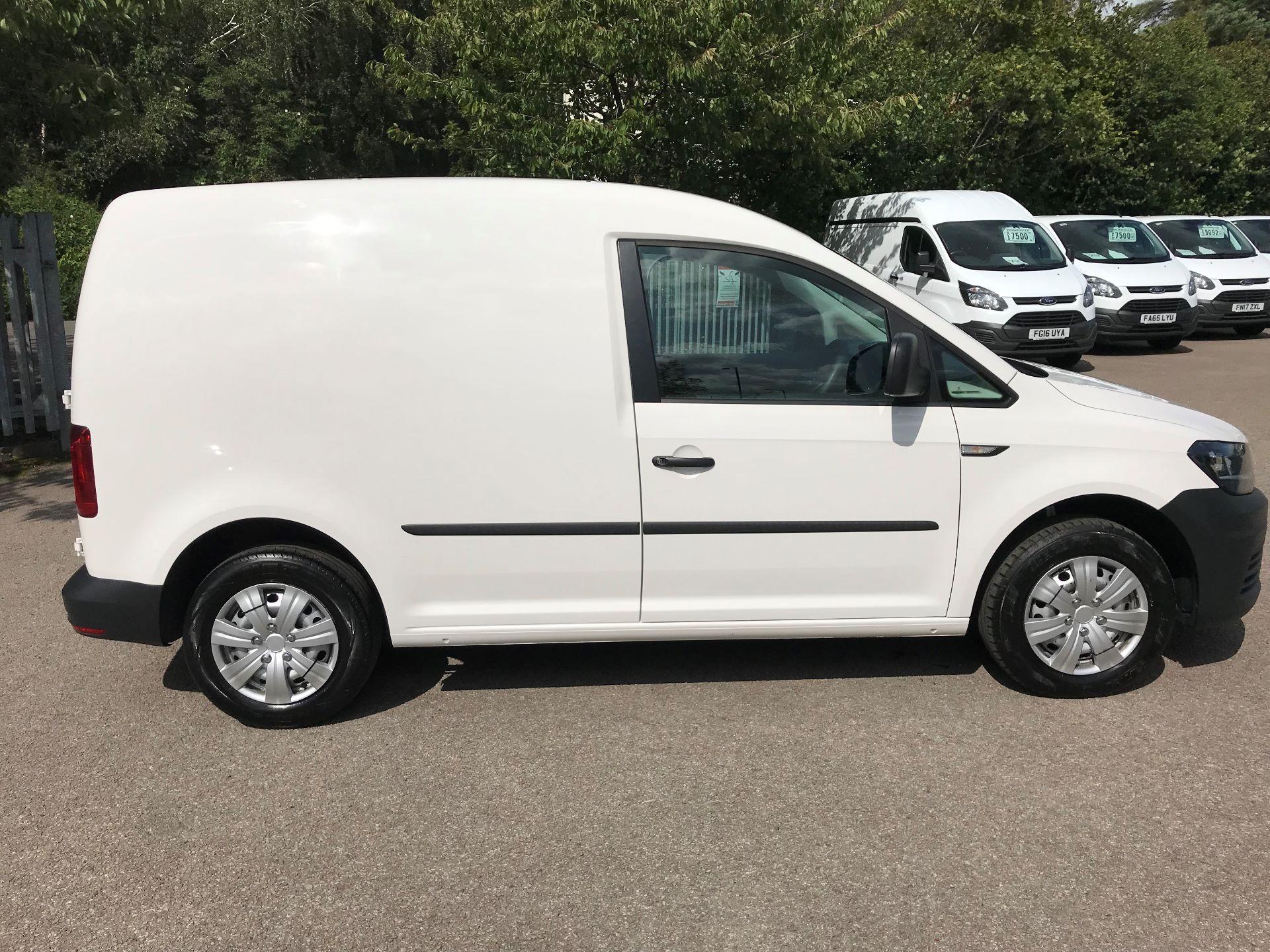 2016 Volkswagen Caddy 2.0 Tdi Bluemotion Tech 102Ps Startline Van euro 5 (GC16TYT) Image 12