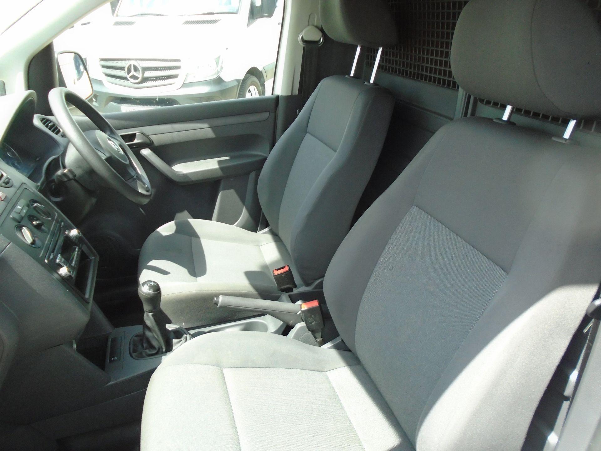 2015 Volkswagen Caddy 1.6 Tdi 75Ps Startline Van (GF64WZD) Image 19
