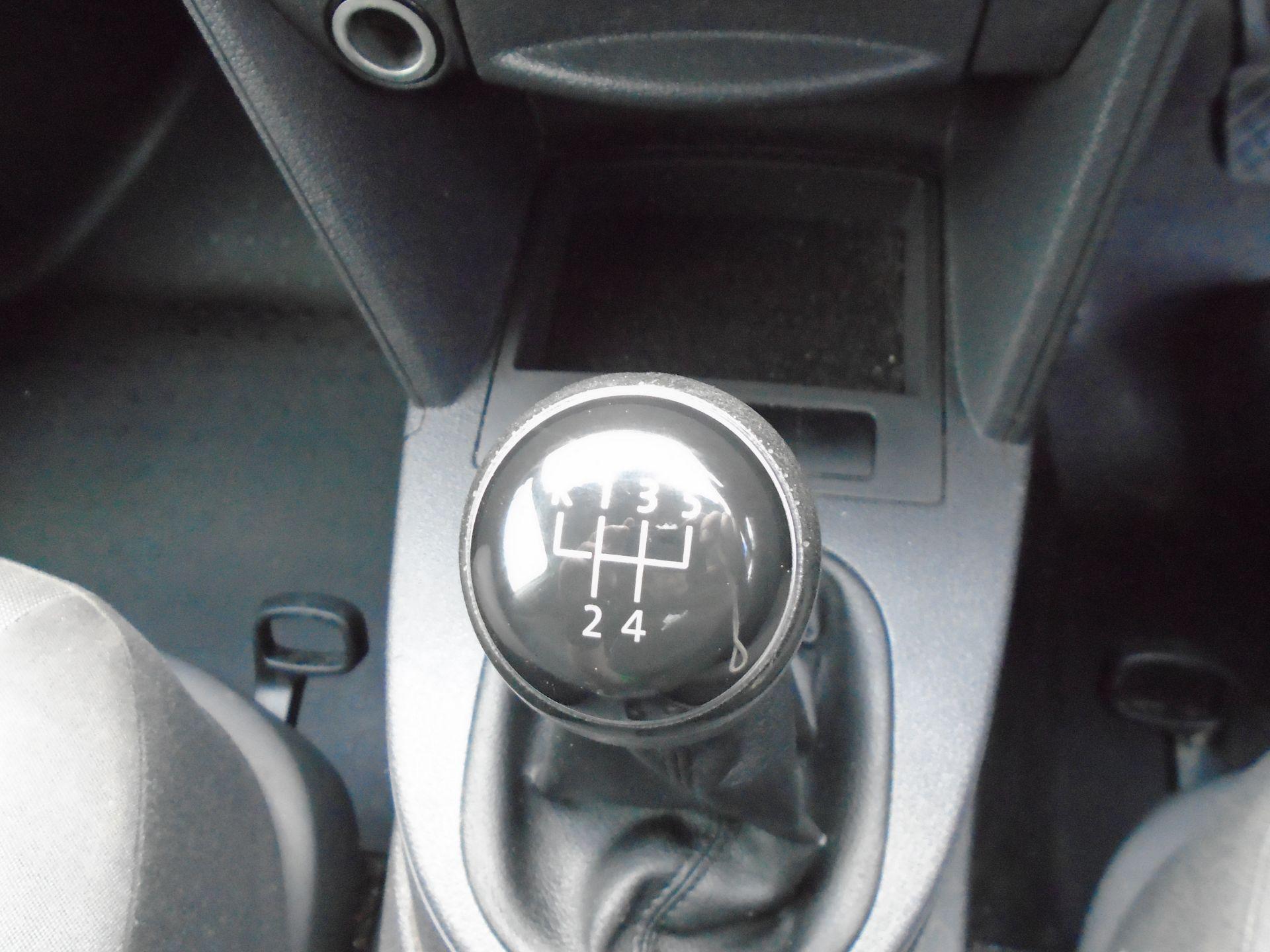 2015 Volkswagen Caddy 1.6 Tdi 75Ps Startline Van (GF64WZD) Image 26