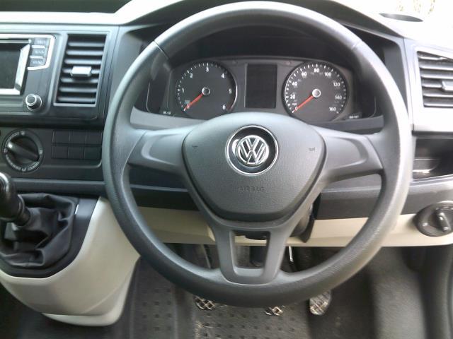 2016 Volkswagen Transporter 2.0 Tdi Bmt 102 Startline Van Euro 5 (GF66PKU) Image 16