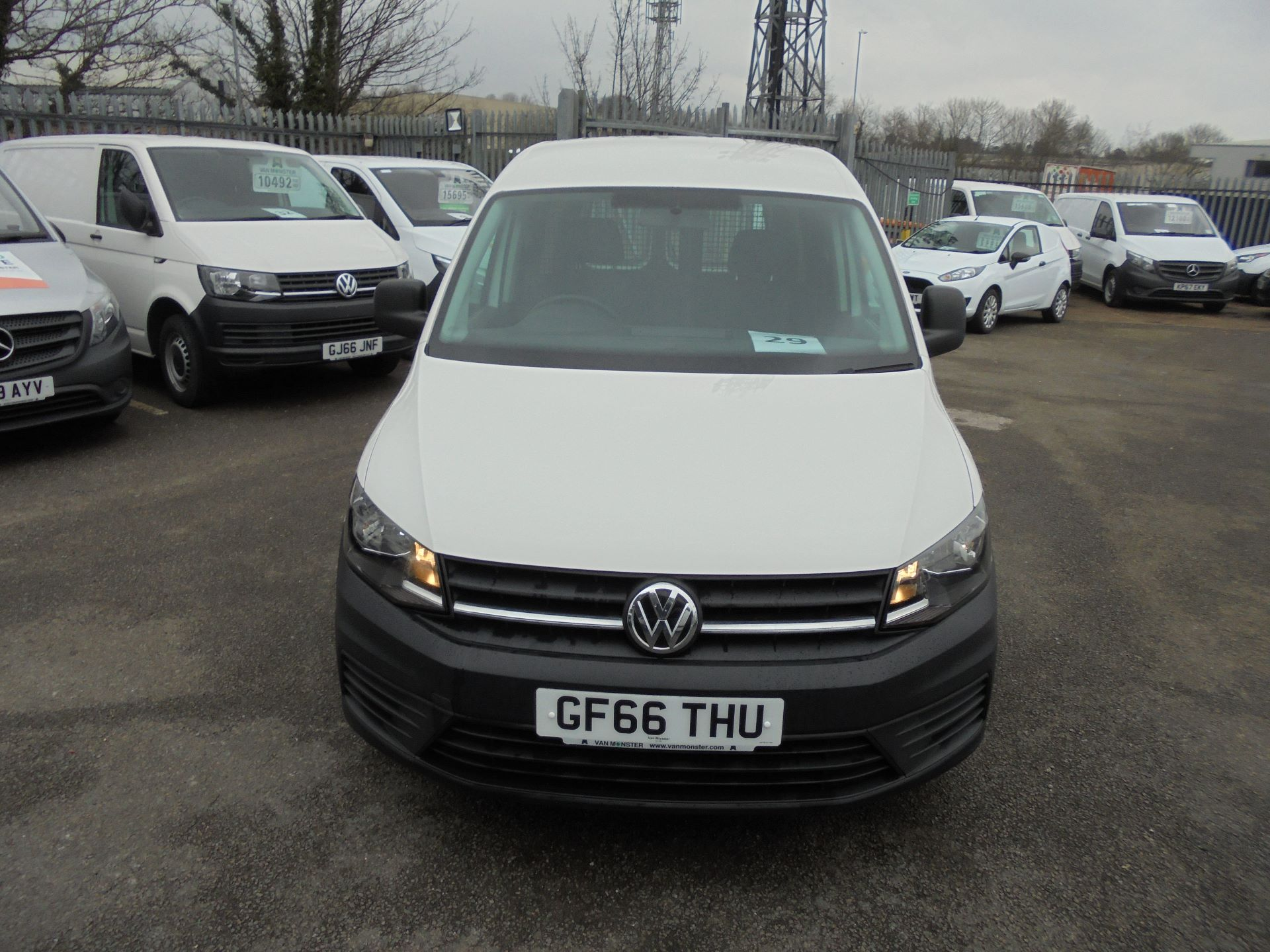 2016 Volkswagen Caddy 1.6 Tdi 102Ps Van (GF66THU) Thumbnail 3