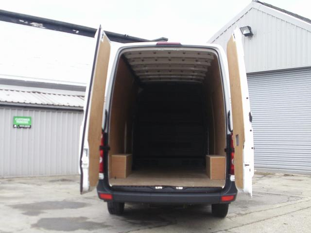 2016 Volkswagen Crafter  CR35 LWB 2.0 TDI 136PS HIGH ROOF EURO 5 (GJ66CVO) Image 7
