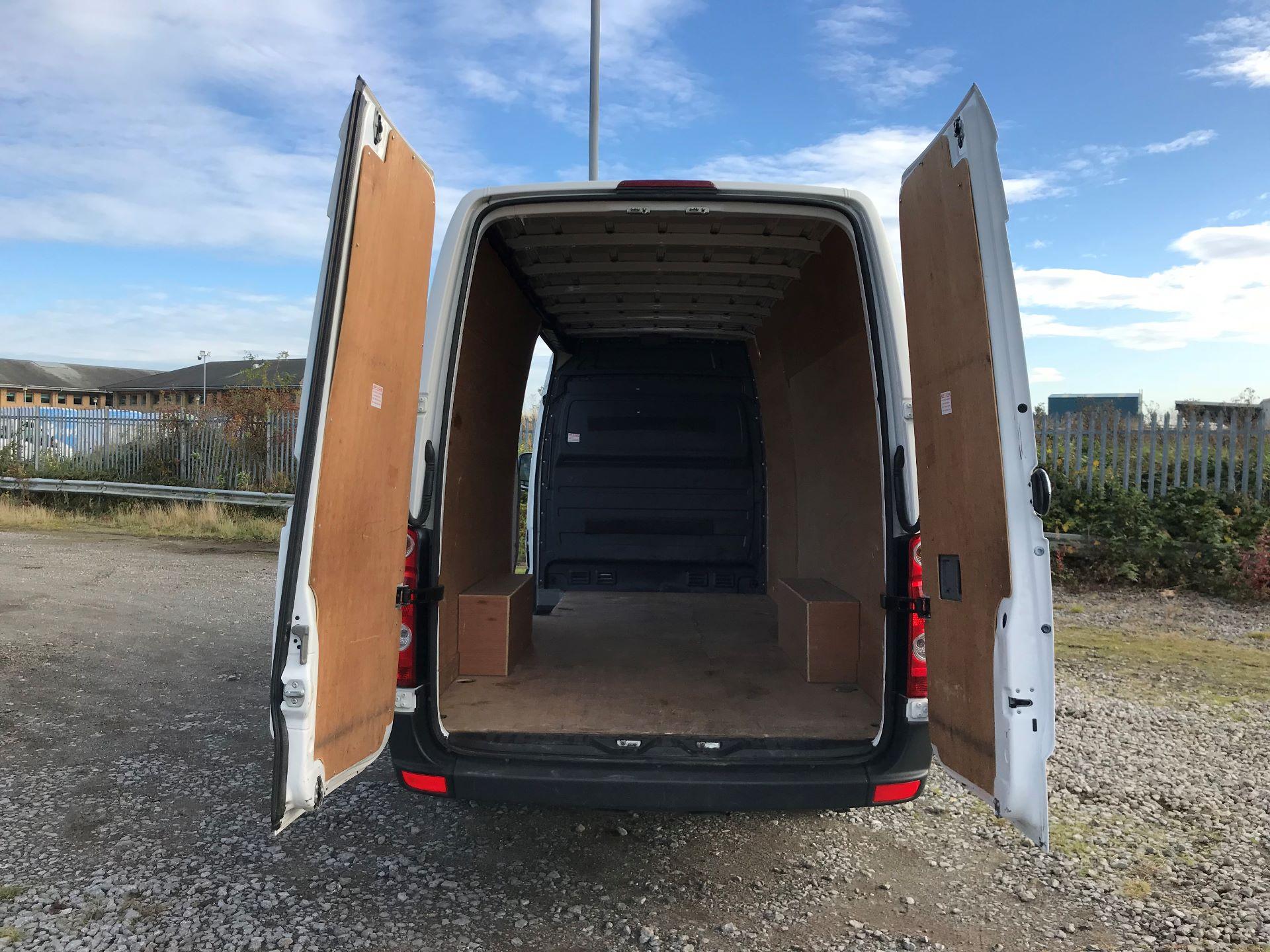 2016 Volkswagen Crafter 2.0 Tdi 136Ps High Roof Van (GJ66YFE) Image 15