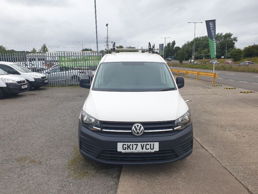 2017 Volkswagen Caddy Maxi 2.0 TDI BLUEMOTION TECH 102PS STARTLINE EURO 6 *SPEED RESTRICTED TO 70MPH* (GK17VCU) Image 2