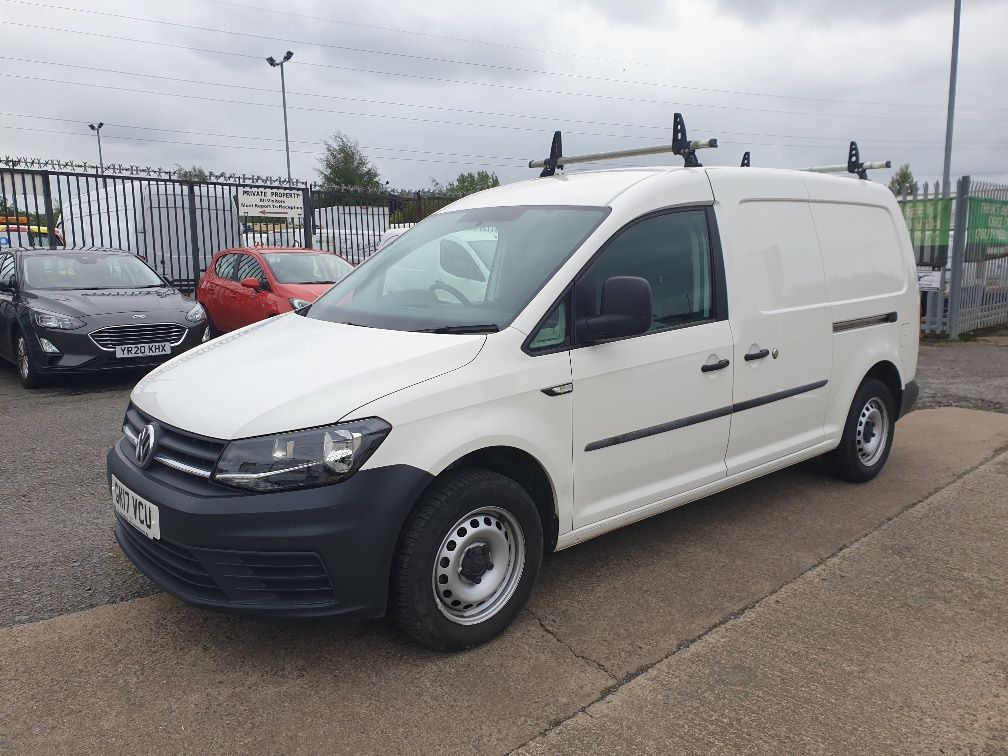2017 Volkswagen Caddy Maxi 2.0 TDI BLUEMOTION TECH 102PS STARTLINE EURO 6 *SPEED RESTRICTED TO 70MPH* (GK17VCU) Image 3