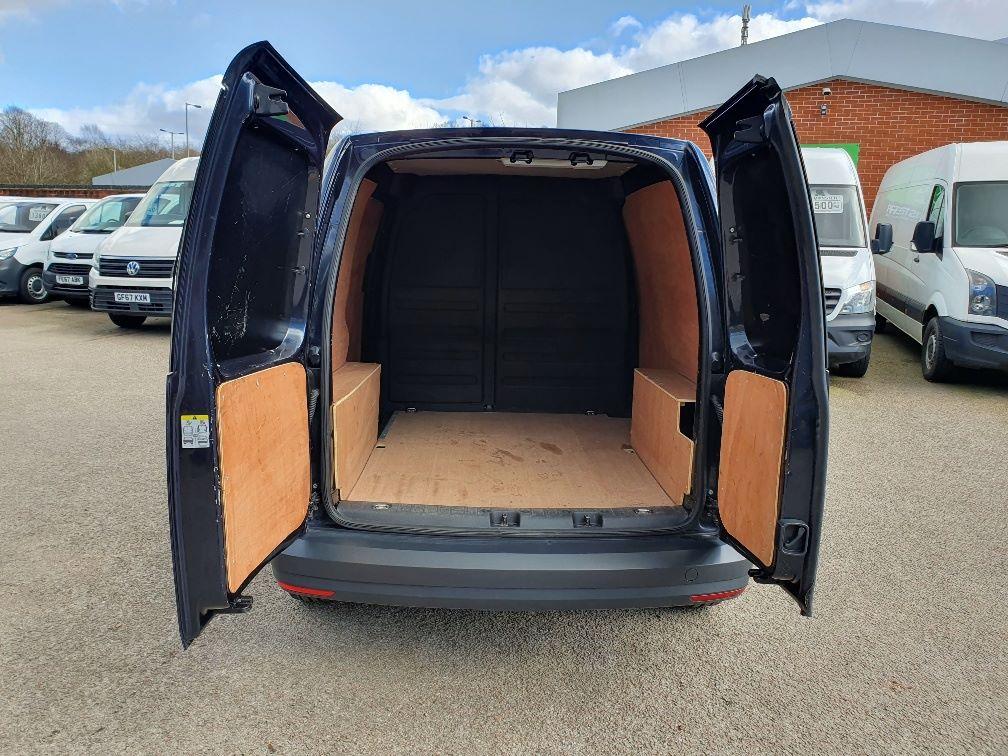 2017 Volkswagen Caddy 2.0 Tdi Bluemotion Tech 102Ps Startline Van (GK17XPM) Image 11