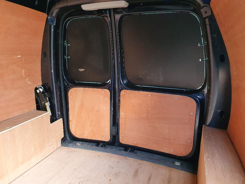 2017 Volkswagen Caddy 2.0 Tdi Bluemotion Tech 102Ps Startline Van (GK17XPM) Image 15