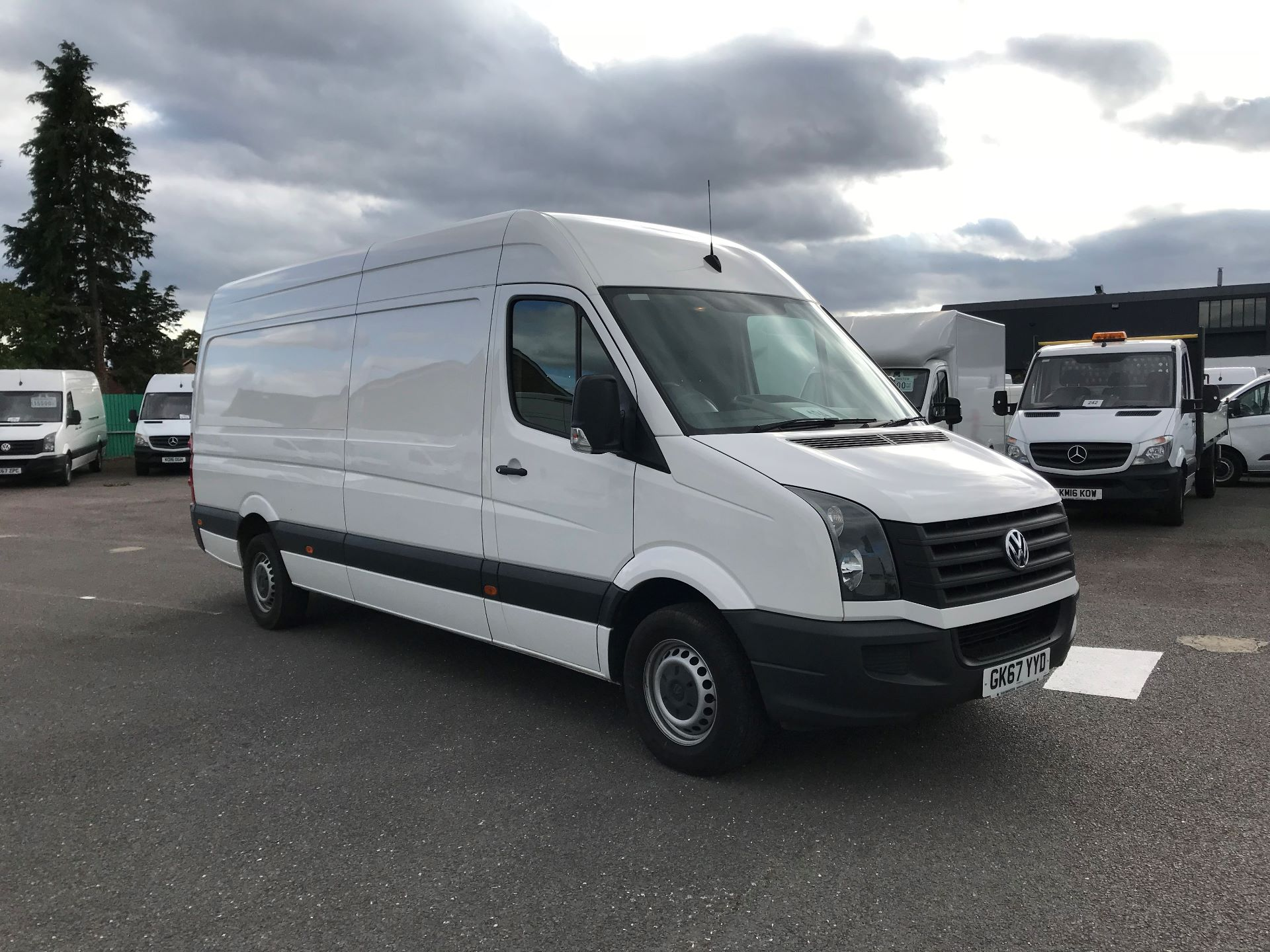 2017 Volkswagen Crafter  CR35 LWB  2.0 BMT TDI 140PS H/R EURO6 (GK67YYD)