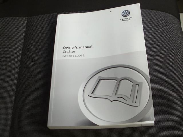 2016 Volkswagen Crafter  CR35 LWB DIESEL 2.0 TDI 136PS LUTON  EURO 5 (GL66ZFW) Image 24