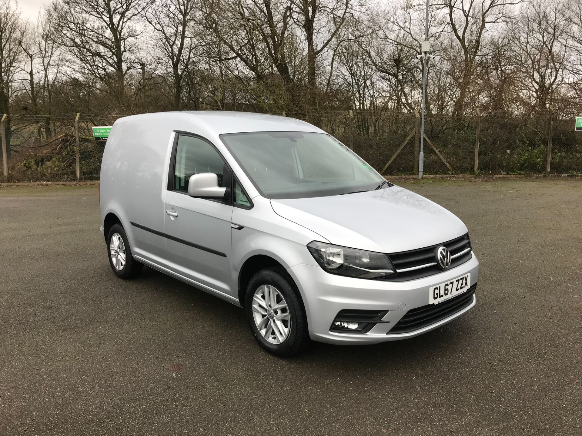 2017 Volkswagen Caddy 2.0 102PS BLUEMOTION TECH 102 HIGHLINE EURO 6 (GL67ZZX) Image 1