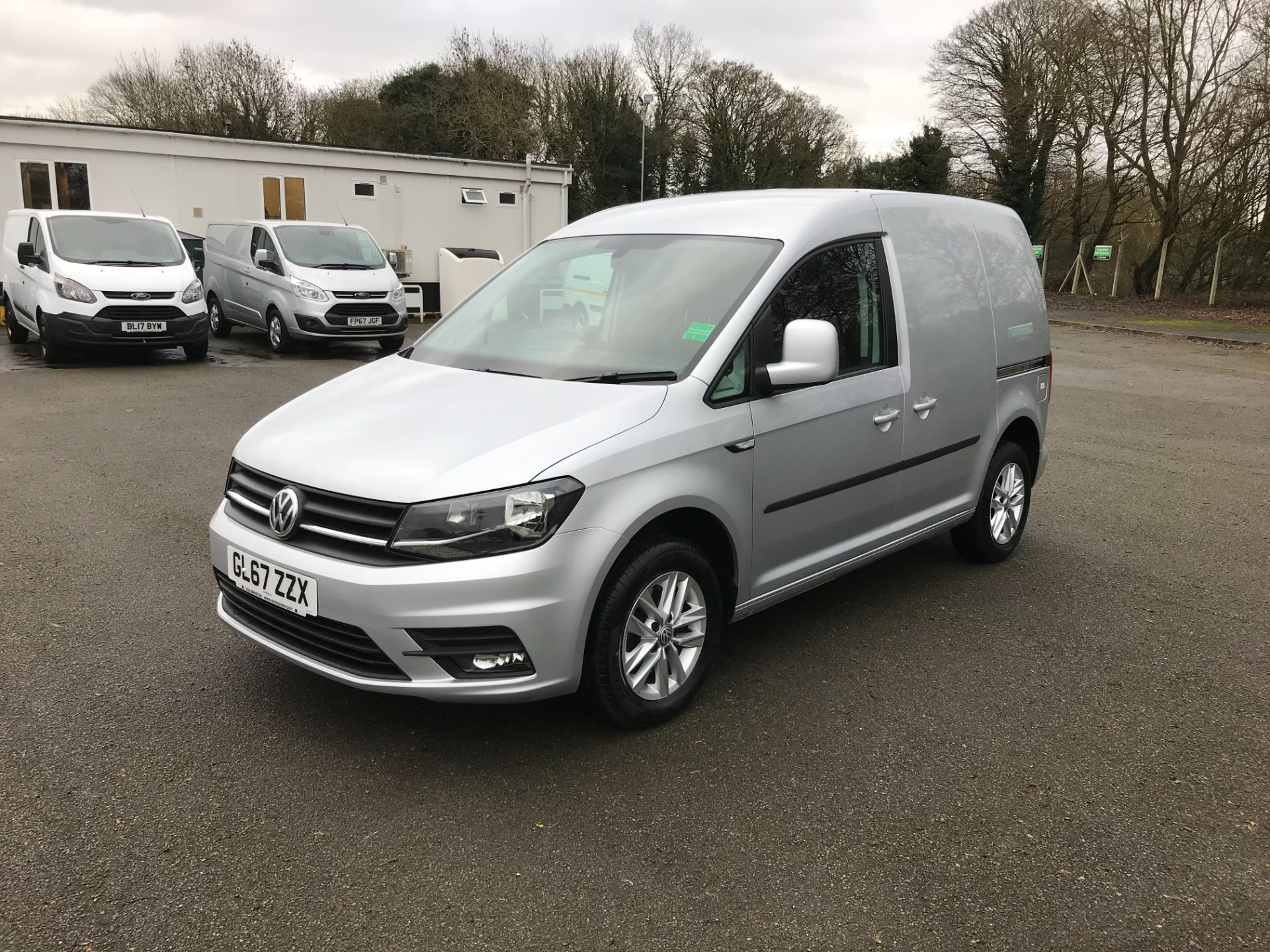 2017 Volkswagen Caddy 2.0 102PS BLUEMOTION TECH 102 HIGHLINE EURO 6 (GL67ZZX) Image 3