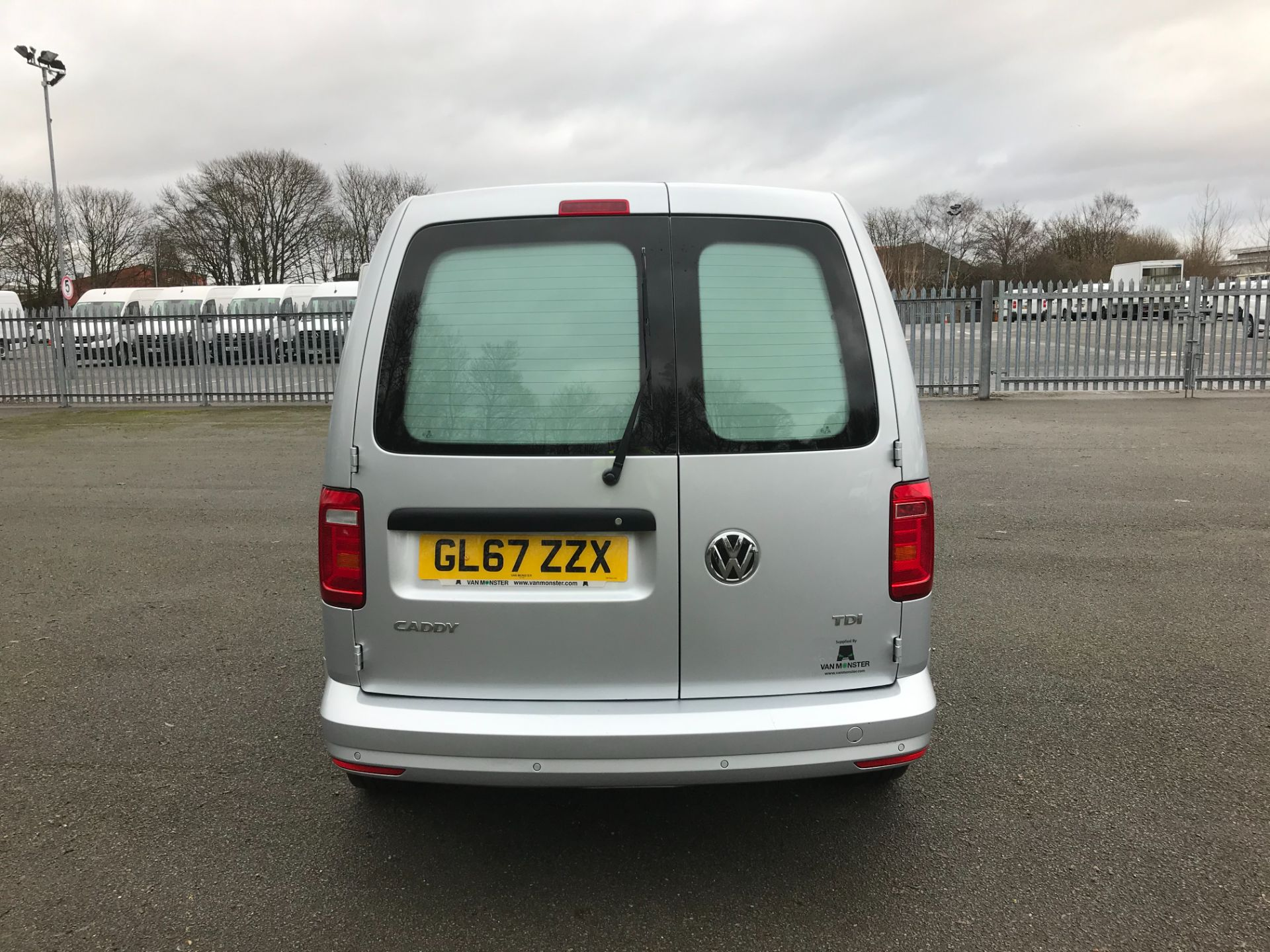 2017 Volkswagen Caddy 2.0 102PS BLUEMOTION TECH 102 HIGHLINE EURO 6 (GL67ZZX) Image 7
