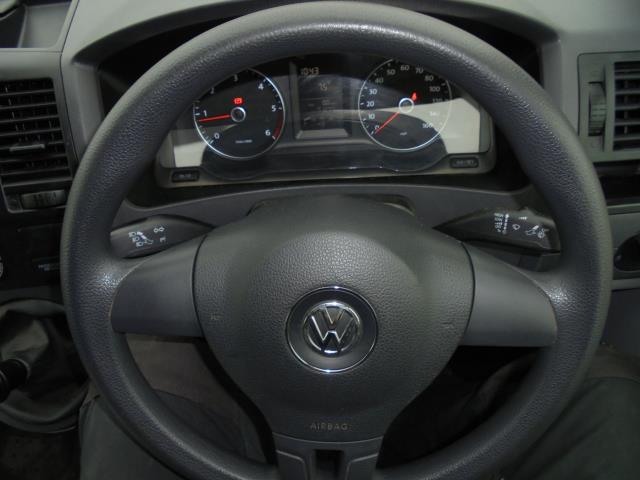 2015 Volkswagen Transporter  T28 SWB DIESEL 2.0 TDI 102PS STARTLINE EURO 5  (GM15VPP) Image 19