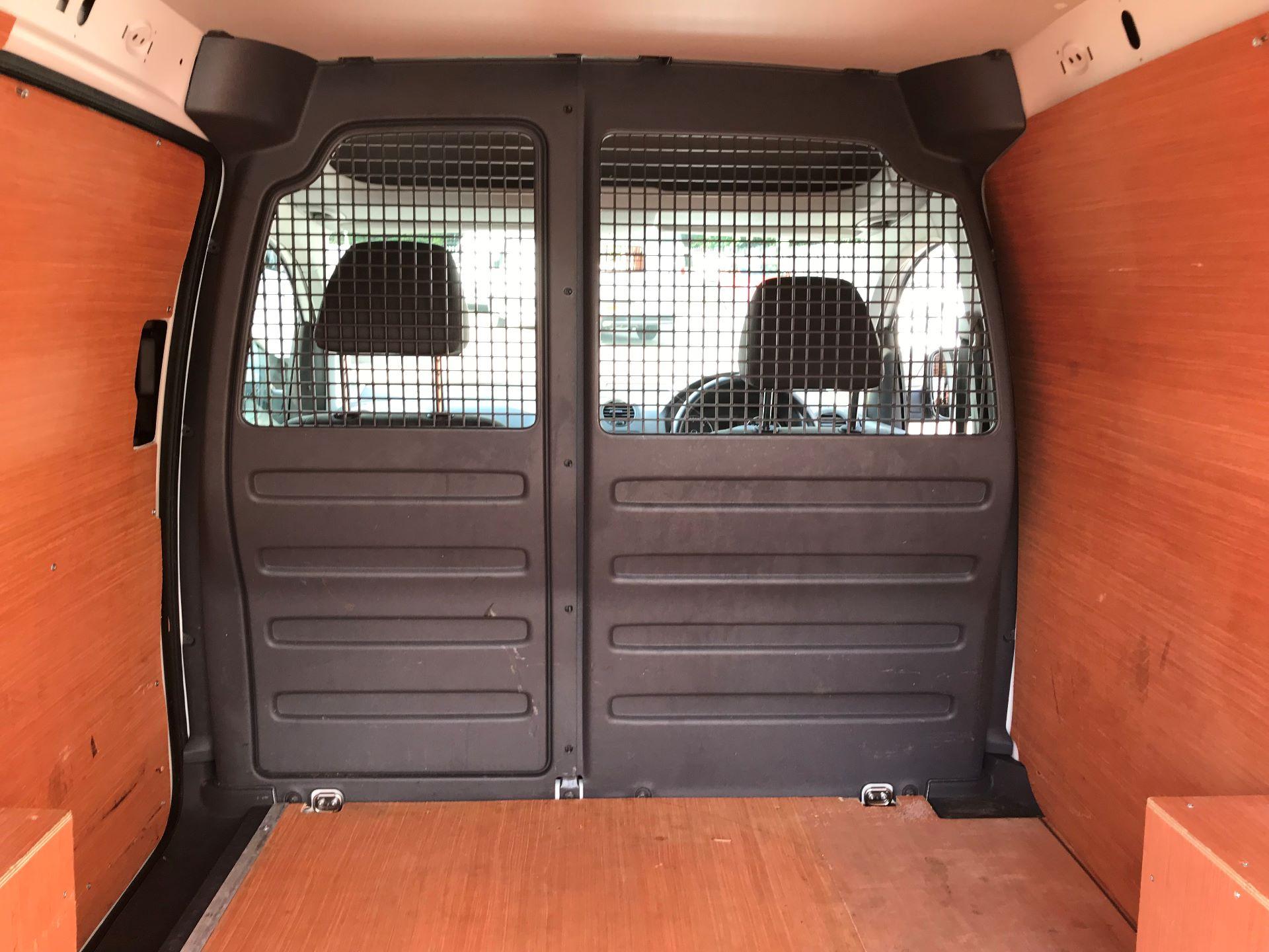 2015 Volkswagen Caddy 1.6 Tdi 75Ps Startline Van Euro 5 (GM15ZXL) Image 11