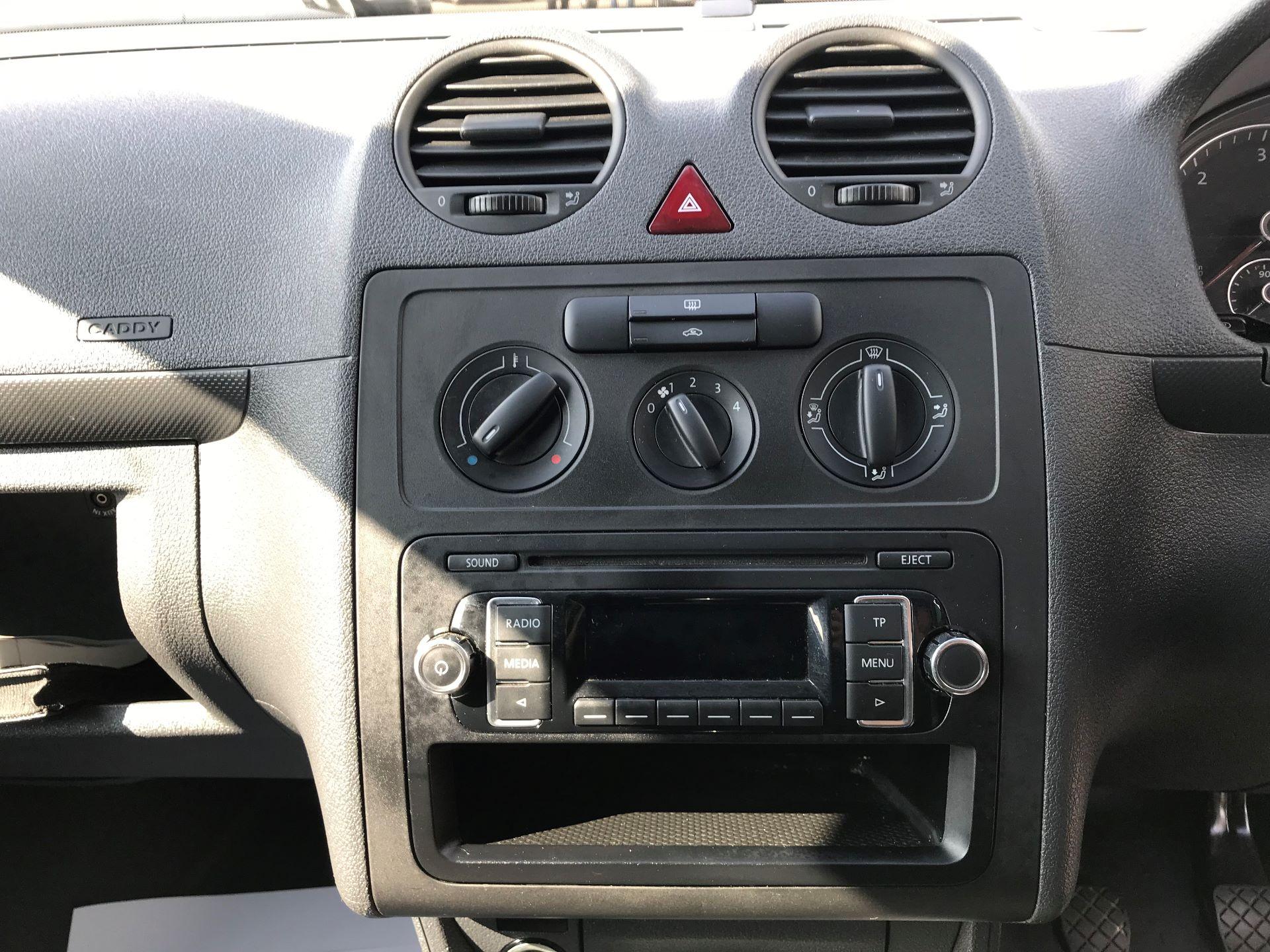 2015 Volkswagen Caddy 1.6 Tdi 75Ps Startline Van Euro 5 (GM15ZXL) Image 3