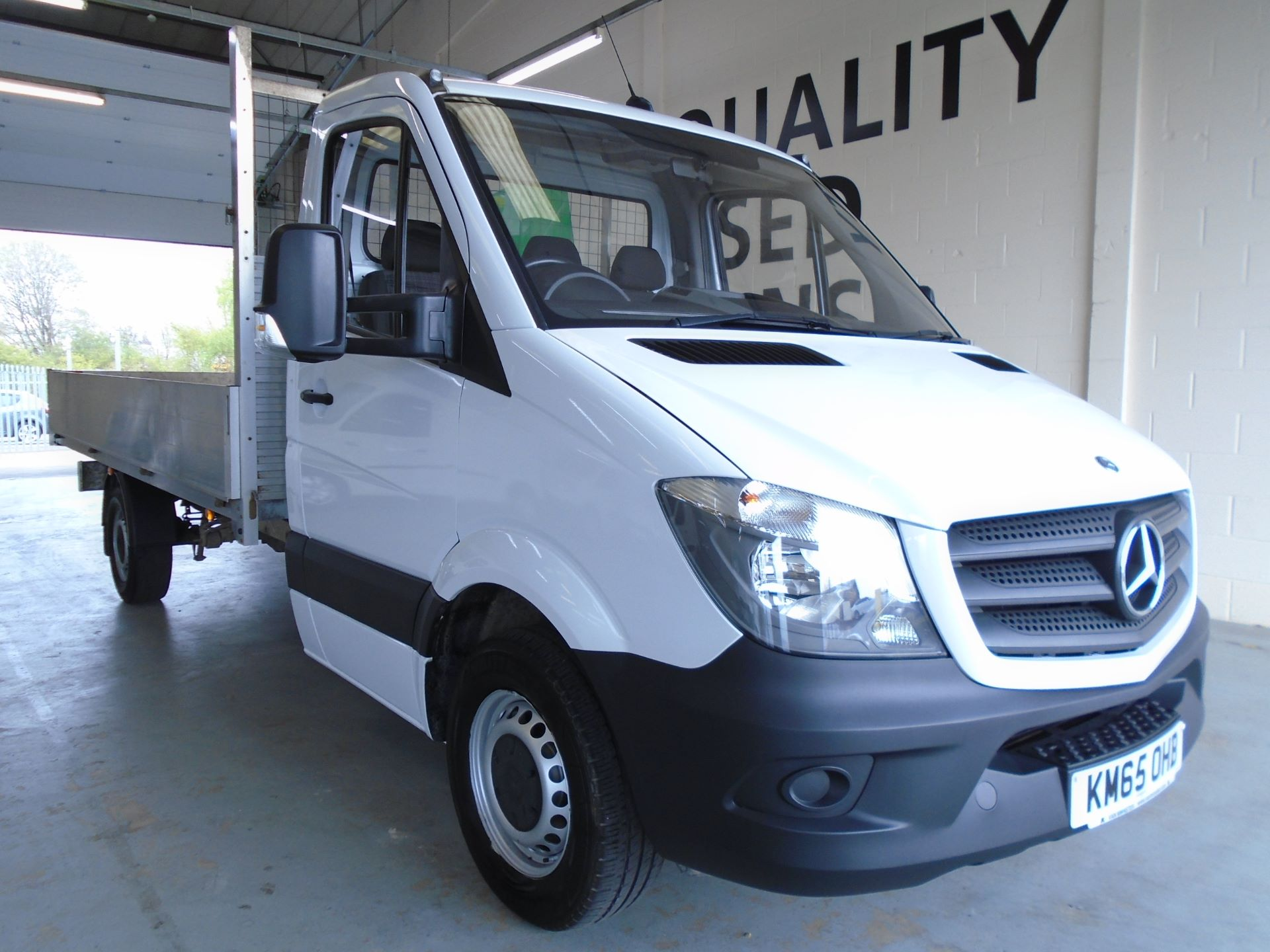 2015 Mercedes-Benz Sprinter 3.5T Chassis Cab (KM65OHB)