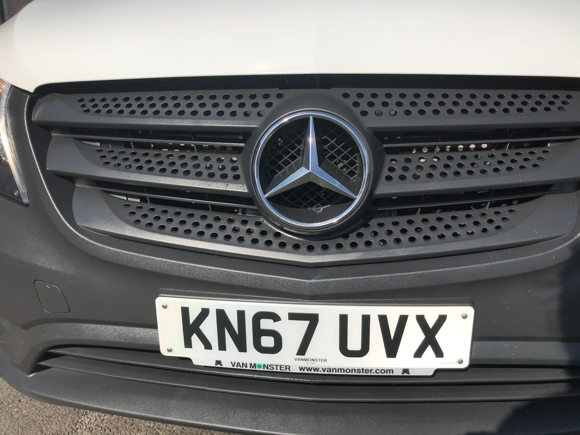 2017 Mercedes-Benz Vito 111CDI LWB 110PS EURO 6 (KN67UVX) Image 27