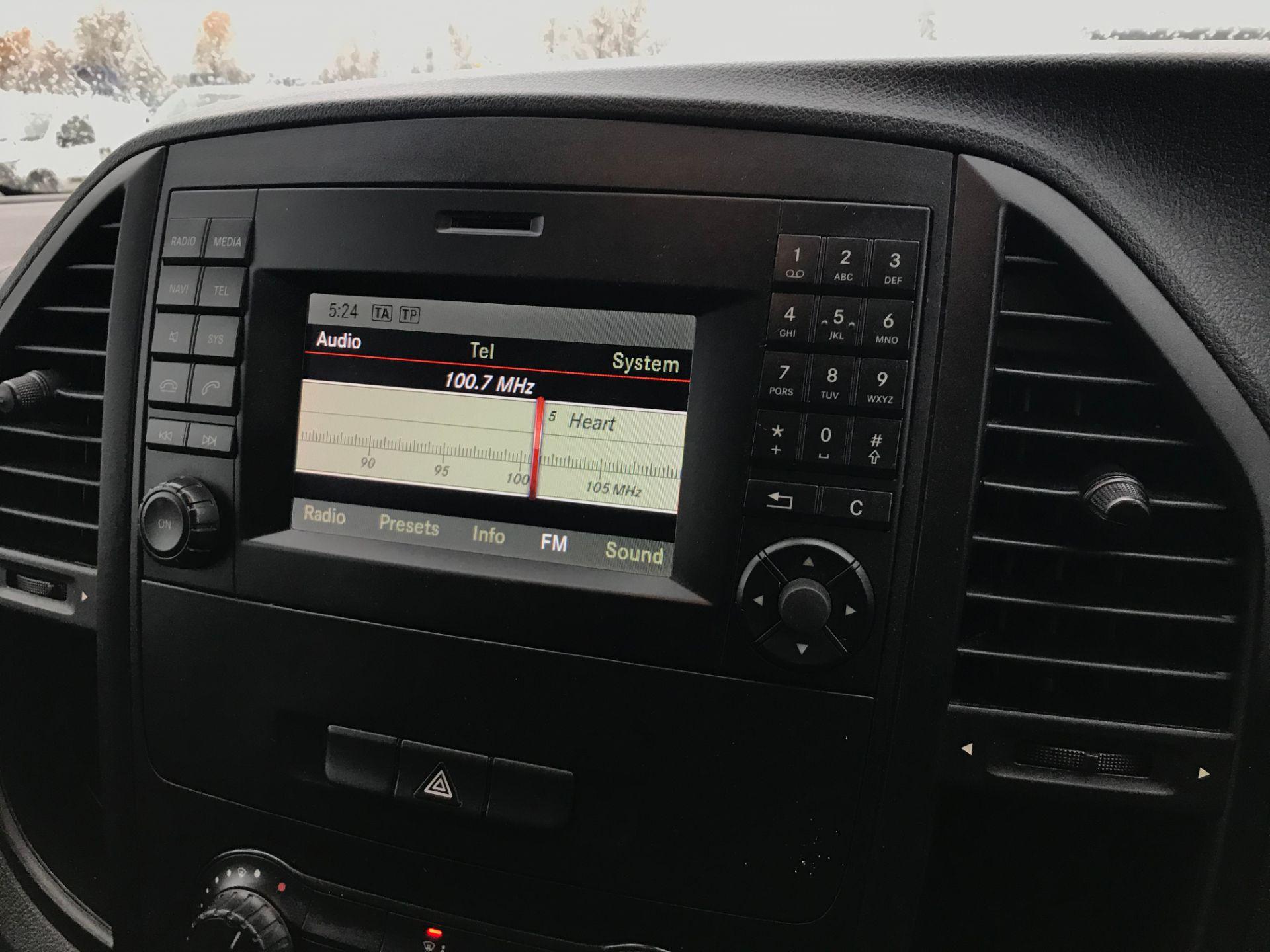 2017 Mercedes-Benz Vito 111Cdi Van (KN67UXC) Image 13