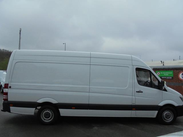 2016 Mercedes-Benz Sprinter 3.5T High Roof Van (KR66JVA) Image 5