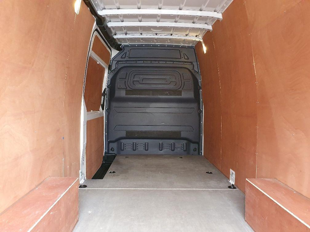 2018 Mercedes-Benz Sprinter 3.5T H2 Van (KR68OTW) Image 12