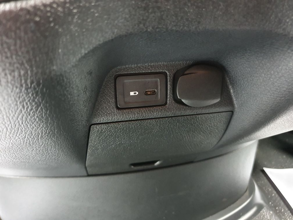 2018 Mercedes-Benz Sprinter 3.5T H2 Van (KR68OTW) Image 18