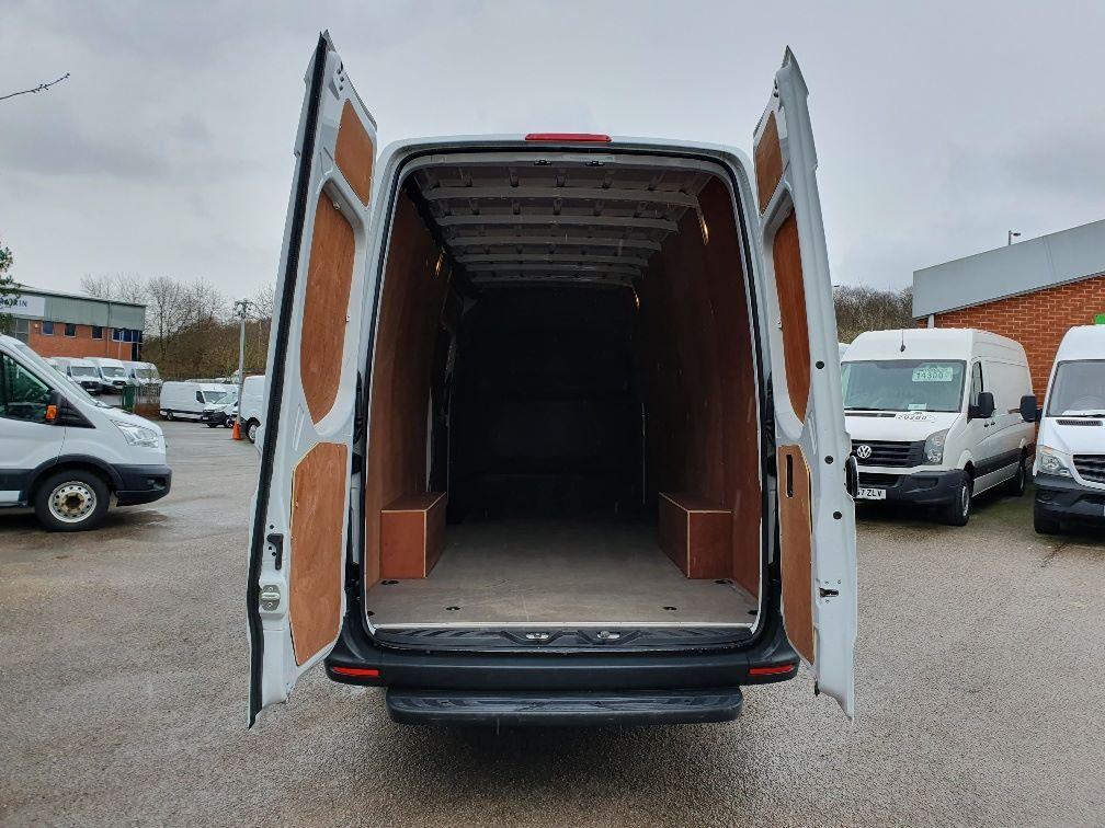 2018 Mercedes-Benz Sprinter 3.5T H2 Van (KR68OTW) Image 11