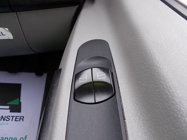 2016 Mercedes-Benz Sprinter 3.5T High Roof Van (KS16VUP) Image 23
