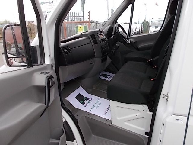 2016 Mercedes-Benz Sprinter 3.5T High Roof Van (KS16VUP) Image 12