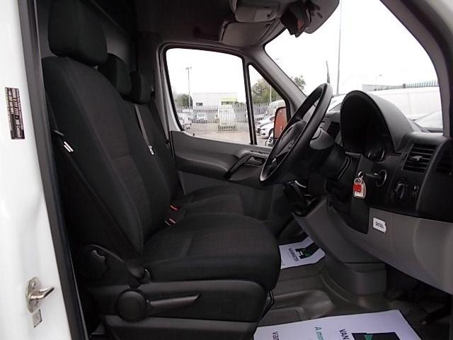 2016 Mercedes-Benz Sprinter 3.5T High Roof Van (KS16VUP) Image 15