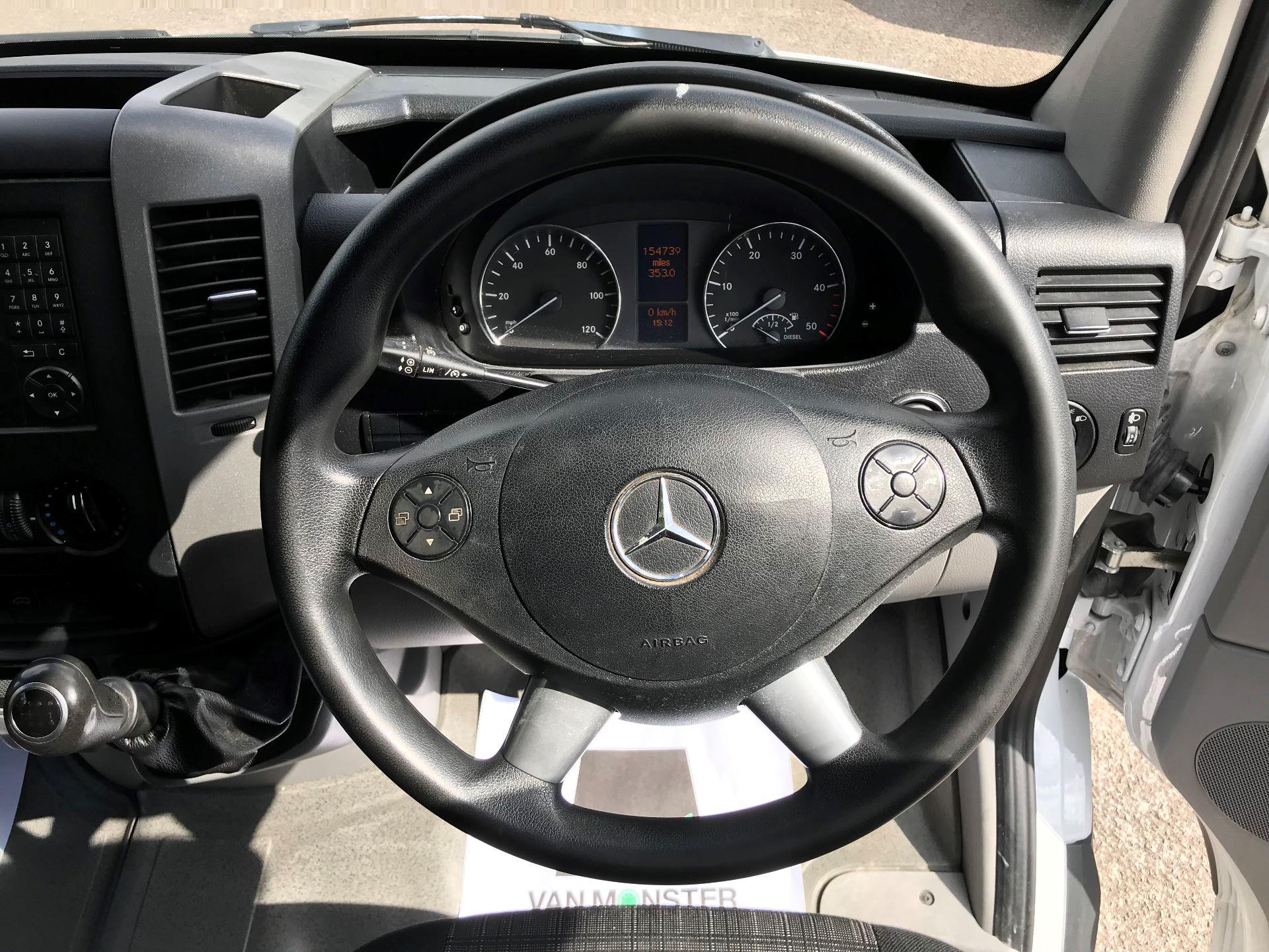 2016 Mercedes-Benz Sprinter 3.5T LWB LUTON 314 euro 5 (KV16WUU) Image 14