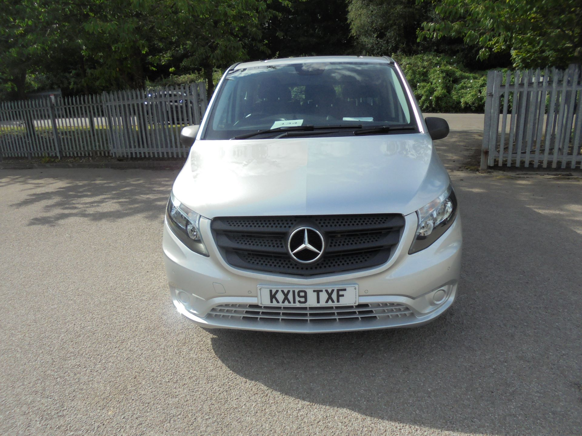 2019 Mercedes-Benz Vito 119 Bluetec Tourer Select auto (KX19TXF) Image 2