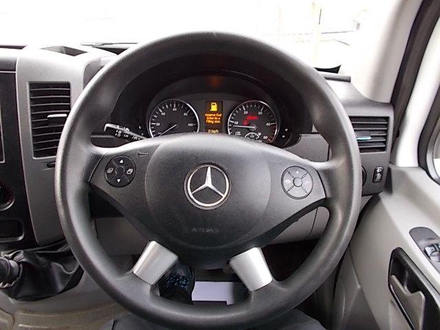 2015 Mercedes-Benz Sprinter 313 LWB LONG LUTON EURO 5 (KX65UJA) Image 16