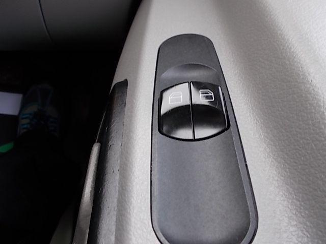 2015 Mercedes-Benz Sprinter 313 LWB LONG LUTON EURO 5 (KX65UJA) Image 20