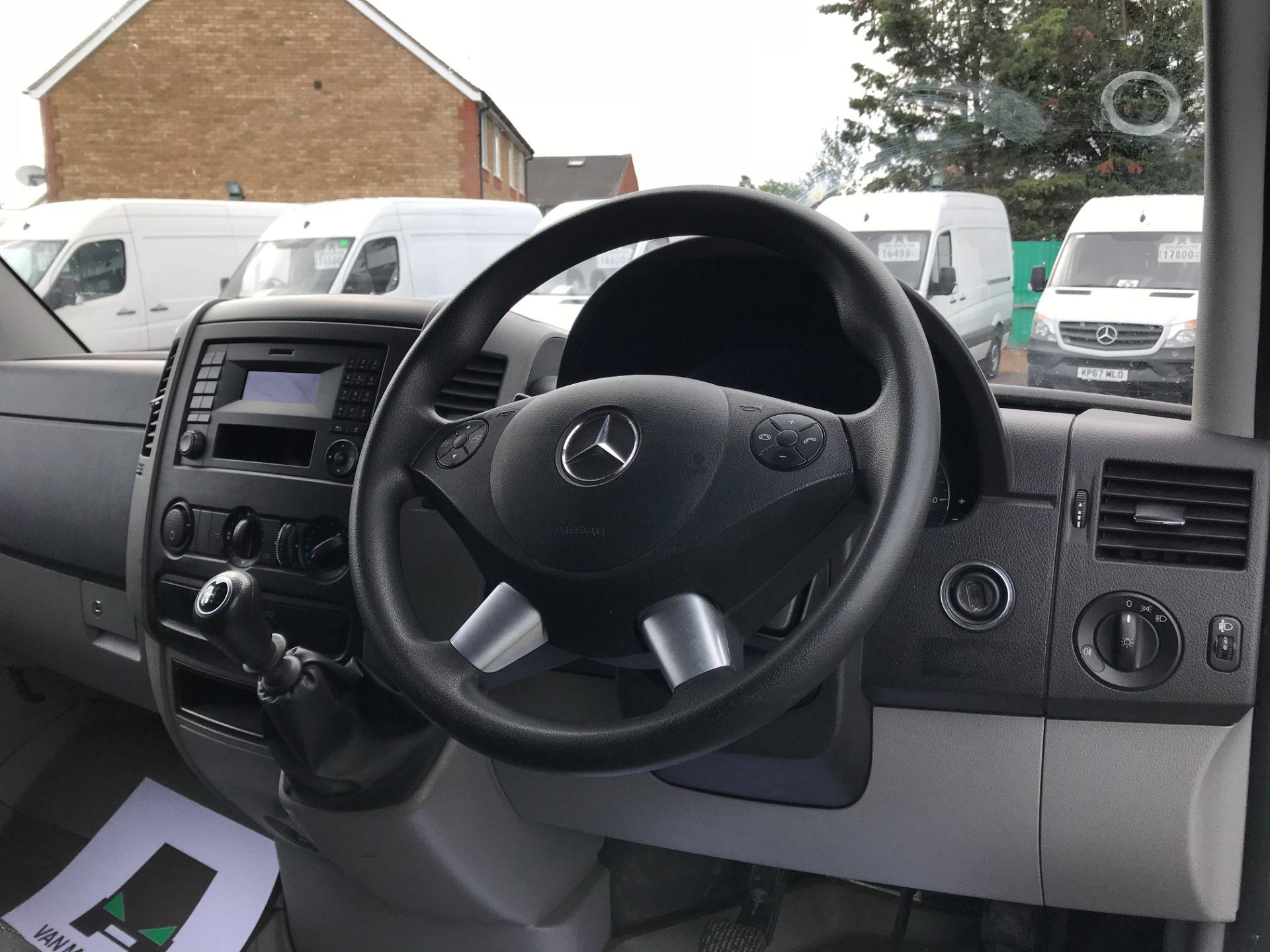 2017 Mercedes-Benz Sprinter  314 LWB H/R VAN EURO 6 (KY67SVF) Image 21