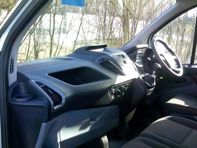 2015 Ford Transit Custom 2.2 Tdci 100Ps Low Roof Van Euro 5 (NG64KCU) Image 20